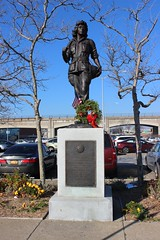 Women Veterans Monument, Rockaway Beach