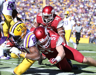 Good for TD, Razorback lineman ineffective at preventing another LSU touchdown