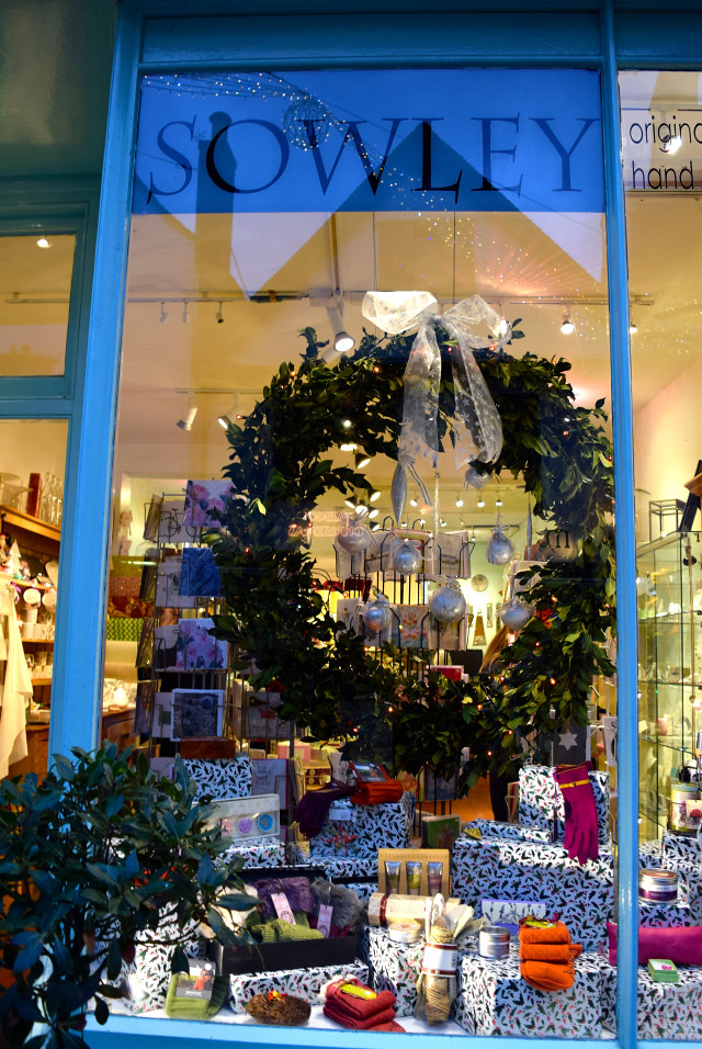 Sowley Christmas Window, Canterbury | www.rachelphipps.com @rachelphipps