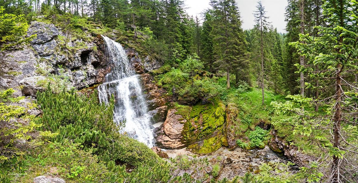 Ragoli, Trentino, Trentino-Alto Adige, Italy, 0.004 sec (1/250), f/8.0, 2016:06:30 11:25:20+00:00, 10 mm, 10.0-20.0 mm f/4.0-5.6