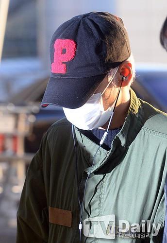 BIGBANG departure Seoul to Nagoya 2016-12-02 (56)