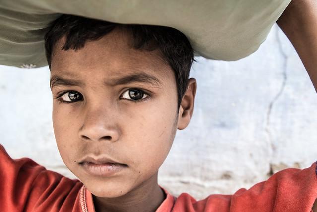 Boy of Varanasi-DSC_9323