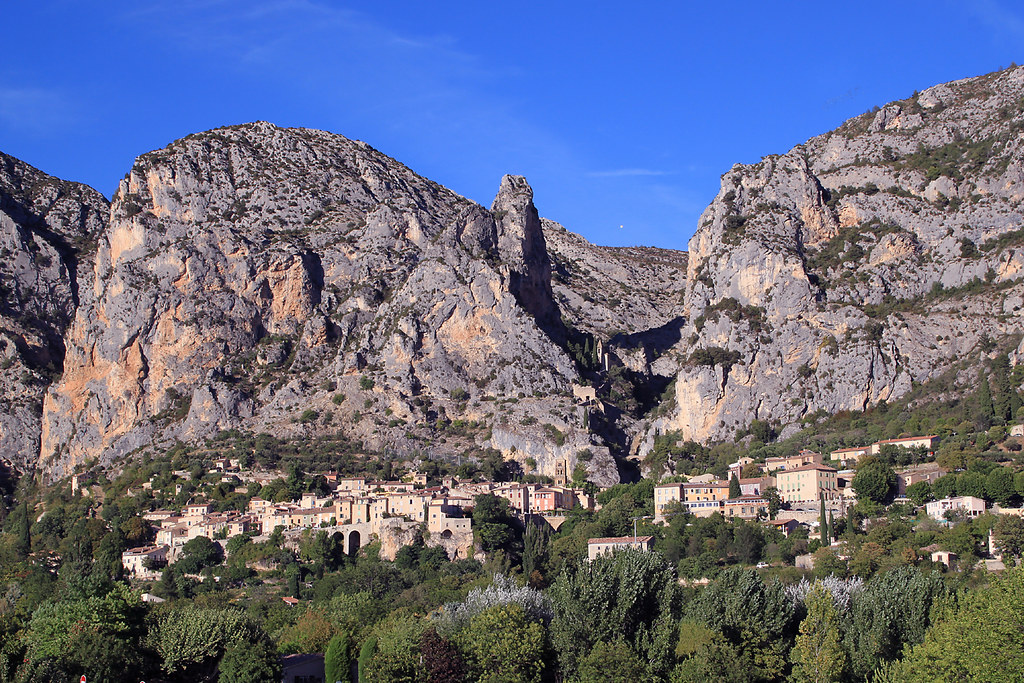 europe mapquest with Moustiers Sainte Marie on 18693462 in addition 25302196 likewise 18645948 as well Moskenes besides Maribo.