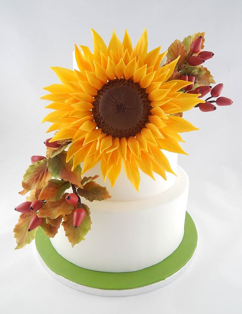 Autumn Themed Cake by Torten-Kram