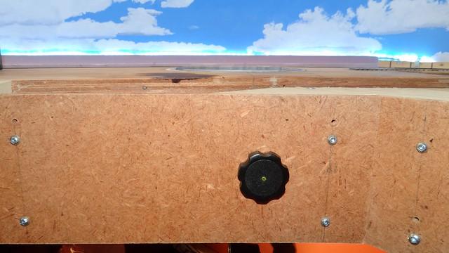 The turntable knob