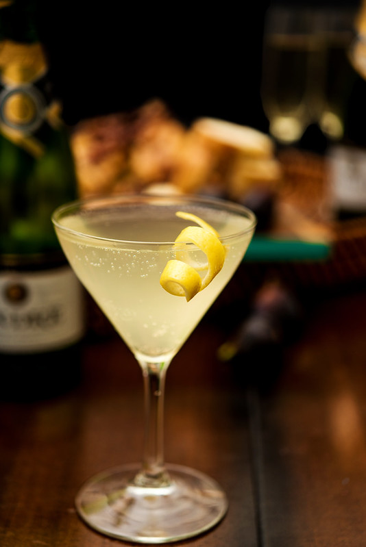 bubbly bee's knees cocktail #epicwithandre