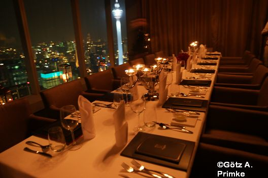 BigKitchen_Kuala_Lumpur_17_Marinis_On_57_Petronas_Towers_Mai_2015_019