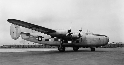 Consolidated-Vultee-XB-24B-39-680