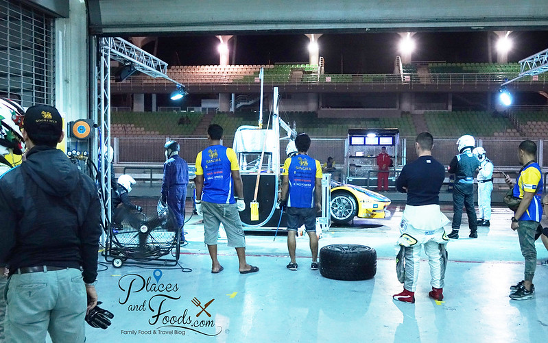tp 12 racing team pit stop night