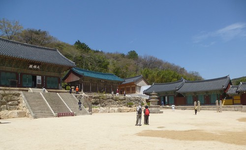 Co-Busan-Temple Beomeosa (7)