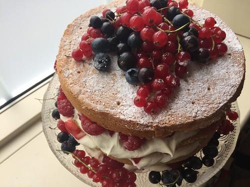 Recipe: Summer Berry Whisked (Fatless) Naked Sponge Cake