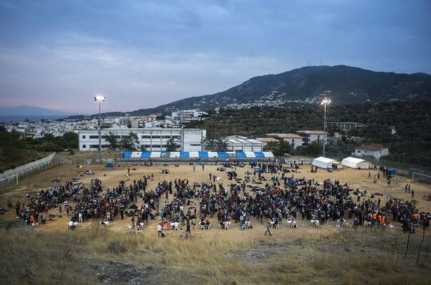 Grecia abrirá más centros para casi 30 mil refugiados en sus islas