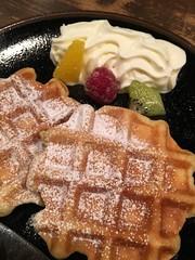 meal(1.0), breakfast(1.0), baking(1.0), sweetness(1.0), belgian waffle(1.0), baked goods(1.0), whipped cream(1.0), food(1.0), icing(1.0), dish(1.0), cuisine(1.0), waffle(1.0),