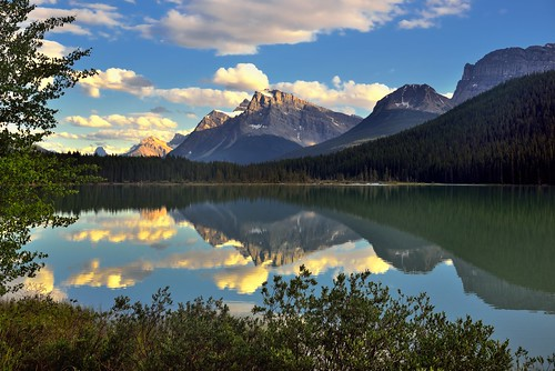 trees lake canada mountains nature reflections glacier alberta portfolio day5 continentaldivide banffnationalpark icefieldsparkway canadianrockies lookingsouth highway93 reflectionsonwater project365 colorefexpro waterfowllakes mountjimmysimpson snowbirdglacier mountpatterson mountainsindistance absolutelystunningscapes reflectionsonlake cloudreflectionsonwater blueskieswithclouds ariespeak nikond800e mountainsoffindistance capturenx2edited
