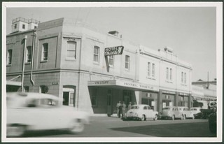 Hotel Thistle, Waymouth Street, Adelaide, 1955