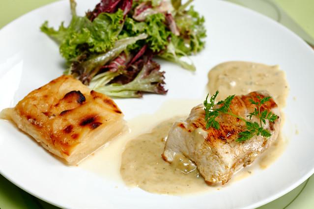 Croisette Cafe Chicken Breast Roquefort Cream