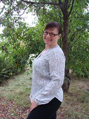 Sew Anemone - Bonn Shirt by Itch to Stich