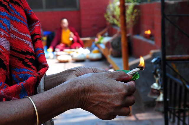 Nepal-Katmandu-offering (Explore)