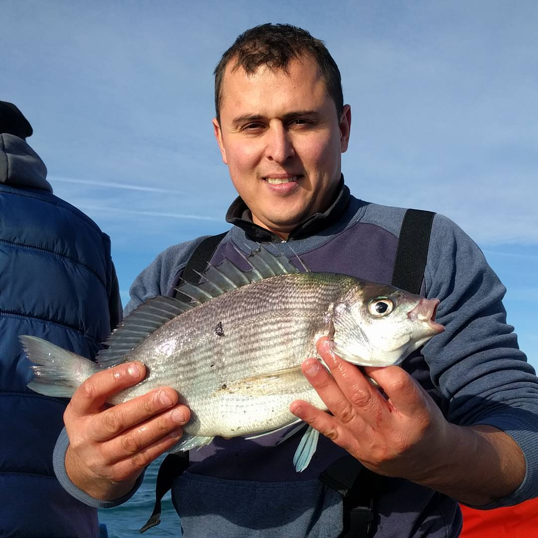 Great Bream fishing on a awesome sunny Sunday in Nov. One of many Black Bream caught today #amarisaweymouth