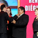 Premiación Maestro 100 puntos » Realizada en el Teatro Lux. ¡Felicitaciones por su gran labor! Fotografías por Gerber Consuegra