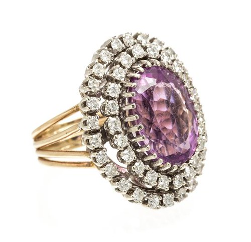 Leslie Hindman Auction | Gem Gossip