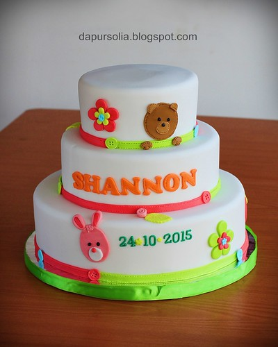 Bear and Rabbit Cak