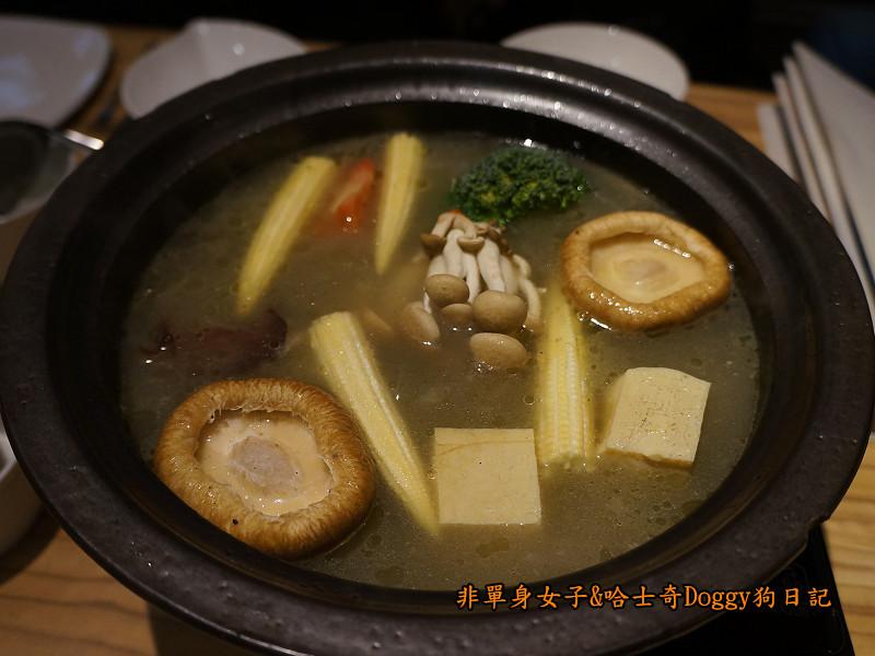 愛新覺羅萬古鍋石板燒海陸大餐15
