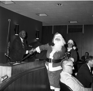 Santa with Sam Smith in council chambers, 1977