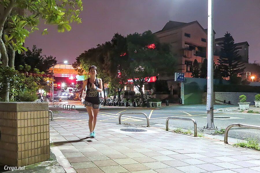 2015.12.30▐ 跑腿小妞▐ EPSON RUNSENSE SF-810 與 NIKE+ RUNNING 數據同步一家親 02.jpg