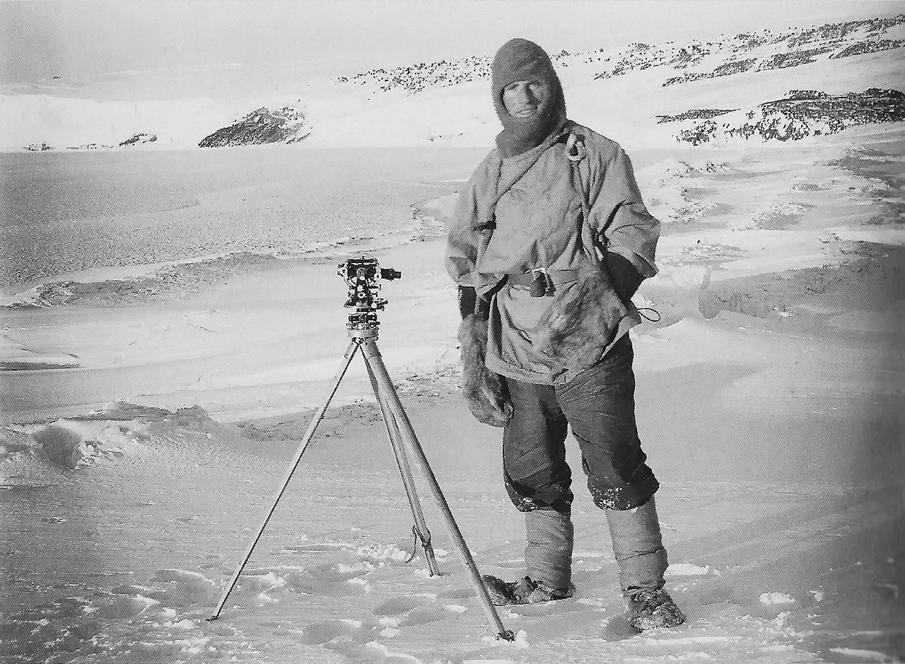 Edward Evans, 1. Baron Mountevans, in October 1911 during Robert Falcon Scott's Terra-Nova-Expedition