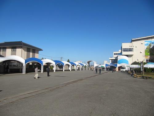 金沢競馬場の金澤玉寿司の位置