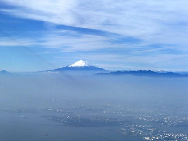 富士山 黒黒的直線 - naniyuutorimannen - 您说什么!
