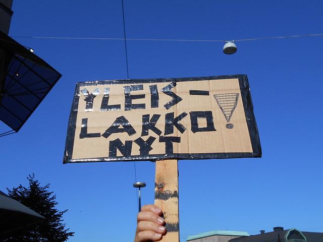 Mielenosoitus Helsingissä hallituksen leikkauspolitiikkaa vastaan 22.8.2015 - 6