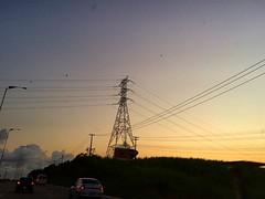 Fim de tarde na BR-101 (antes da extinta Ambev do Cabo de Santo Agostinho). #energy #cabodesantoagostinho #sunset #crepusculo