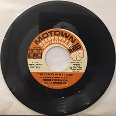 SMOKEY ROBINSON & THE MIRACLES:THE TRACKS OF MY TEARS(RECORD SIDE-A)