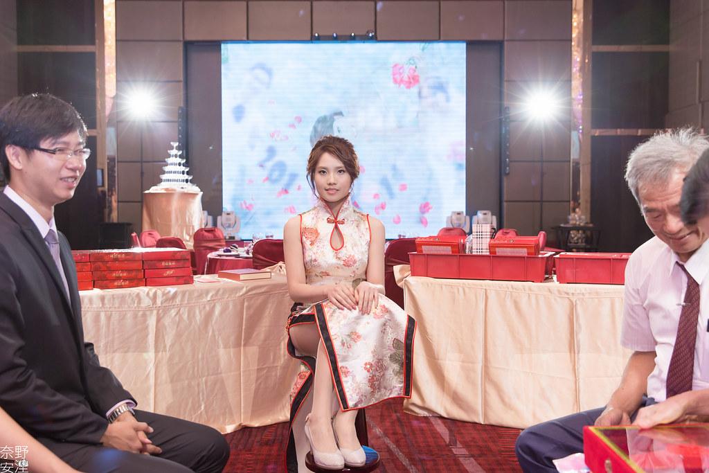 台南婚攝-文定午宴-俊成&文琪-X-台南夢時代雅悅會館-(29)
