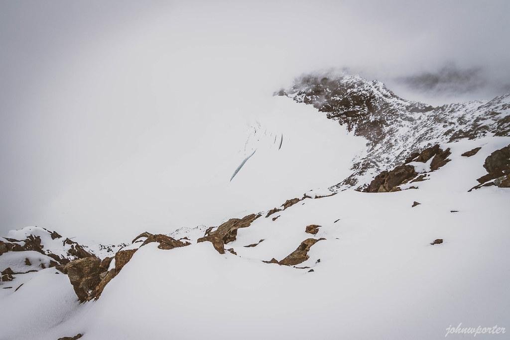 Nohokomeen Glacier
