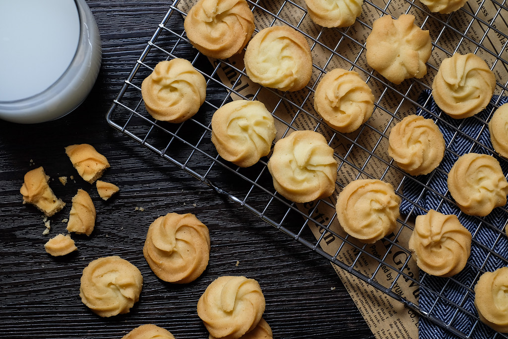 Ultimate Butter Cookies Recipe (some say, it tastes like Jenny Bakery!)