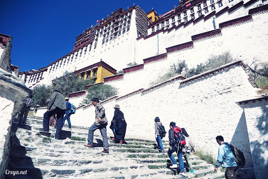 2015.12.04▐ Tibet 西藏踢北去 ▐ 藏人的精神殿堂布達拉宮,但或許不只我們高山反應沒精神…07.jpg