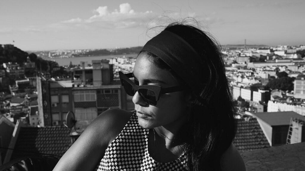 Ванесса Хадженс — Фотосессия для «Find Your California» 2015 – 81