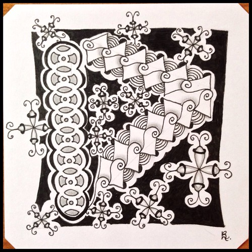 Zentangle 119 for Weekly Challenge #35: Tangle with K-U-C