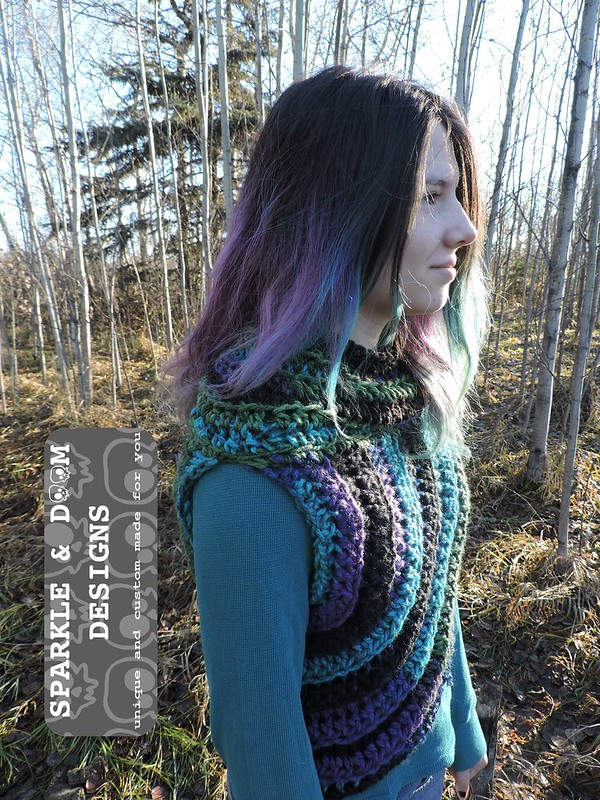 Huntress Cowl 01c