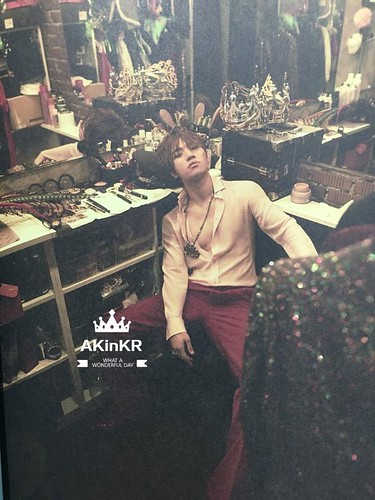BIGBANG A to Z Photobook (2)