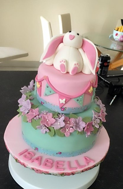Cake by Miss Cupcake