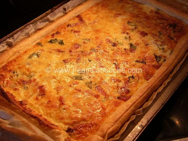 Quiche Fine au Basilic, Lardons & Oignons © Ana Luthi  Tous droits réservés 0007