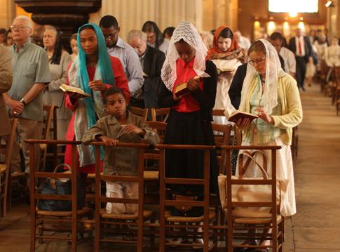 15g19 Mañana domingo St Julien le Pauvre_0021 variante Uti 485
