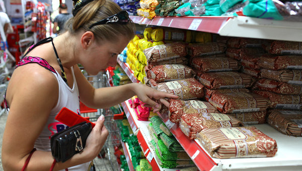 Russian-food-prices-are-rising-after-the-state-embargo-on-imports-from-Western-countries
