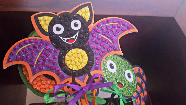 Halloween Mosaic Magic Wands, Halloween crafts, Baker Ross, arts and crafts