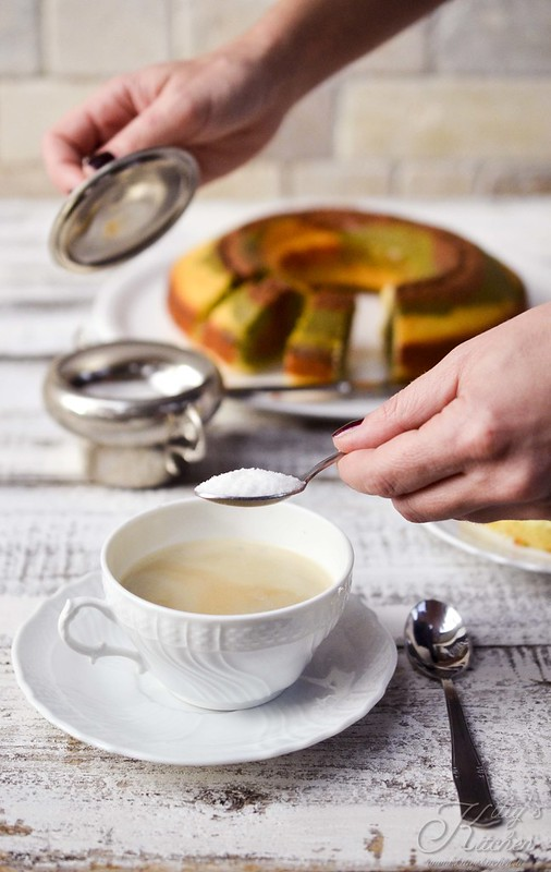 Ciambella al kefir con tè matcha e cacao