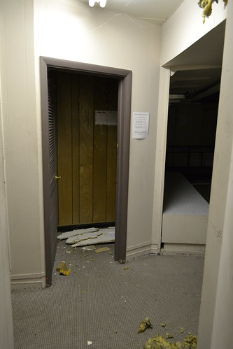 Misfitting Room